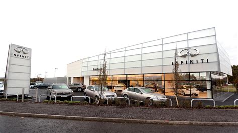 infiniti cars glasgow new infiniti centre opens in glasgow autoevolution