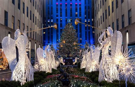 83rd rockefeller center tree lighting 2015 photos