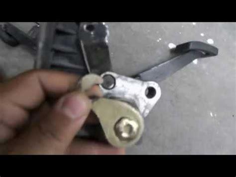 sustitución de gancho/chicote del pedal clutch vw sedan