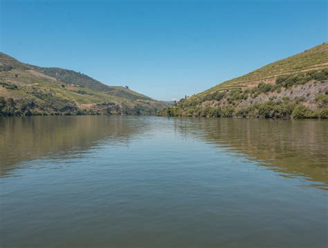 boat trip douro from porto to the douro valley how to get there cheap