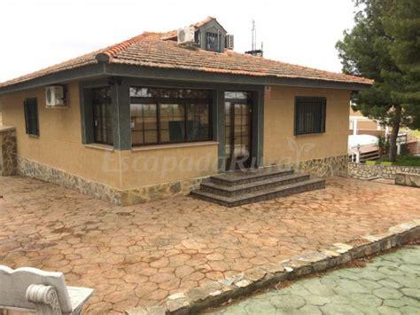 casa rural madrid piscina climatizada 12 casas rurales con piscina climatizada en madrid
