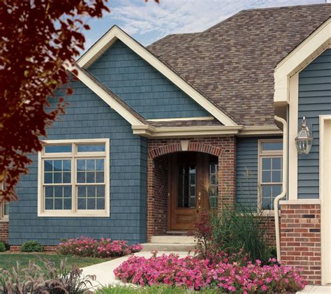 can you brick a house with siding best 25 vinyl siding colors ideas on pinterest siding