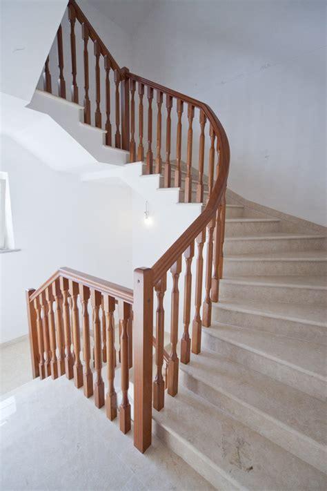 ringhiera in legno ringhiera in legno 2 vittori scalevittori scale
