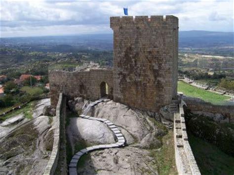 portugese wandlen wandelen in de serra da estrela het hoogste punt portugal
