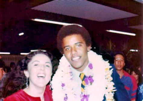 biography barack obama mother barack obama and his mother obama pinterest barack