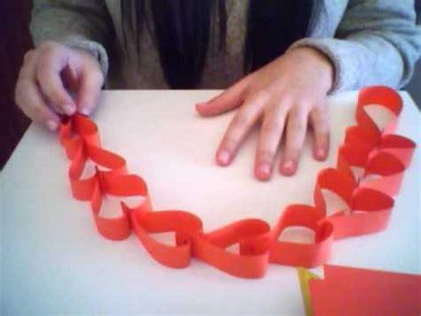 como hacer cadenas de corazones con papel crepe guirnalda de corazones con papel youtube