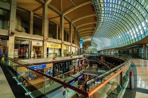 singapores top shopping malls  city hall  marina bay