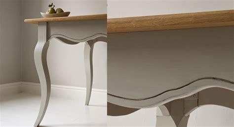 Comment Renover Une Table En Chene Vernie by Comment Repeindre Une Table En Bois Prima