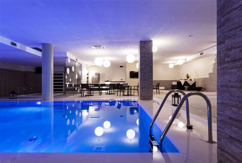 hotel con piscina interna sicilia realizzazione piscina interna borgo don chisciotte