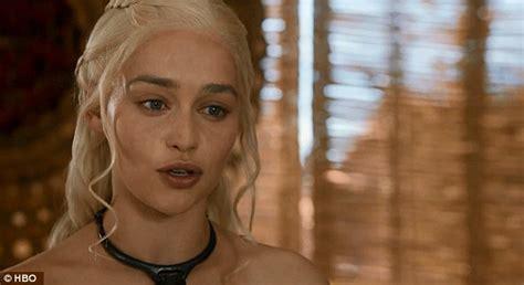 Emilia Clarke Bathtub by Emilia Clarke Is Reunited With Former On Screen Husband