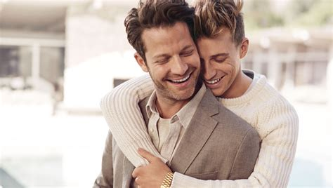 nate designer nate berkus and jeremiah brent star in banana republic