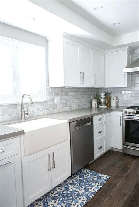 White Kitchen Grey Floor Cabinets Gray Walls Vs