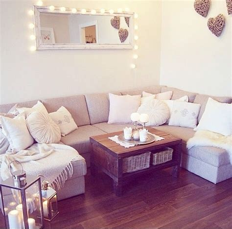 cute living room decor 25 best ideas about cute living room on pinterest black