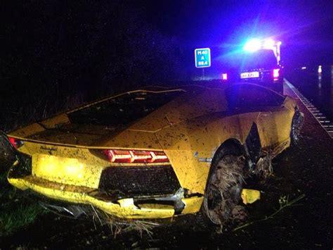 Yellow Lamborghini Crash Yellow Lamborghini Aventador Crashed In Torrential In Uk