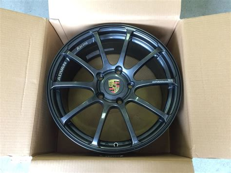 Race Rs Wheel Cribs by Fs 18 Quot Yokohama Advan Racing Rs Wheels In Gunmetal