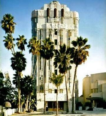 west hollywood hotel | sunset tower hotel