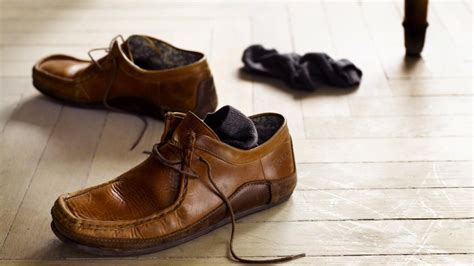 what colors match with brown what colors match brown shoes reference