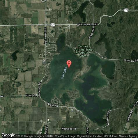 fishing boat rental gun lake tourist attractions in gun lake barry county michigan