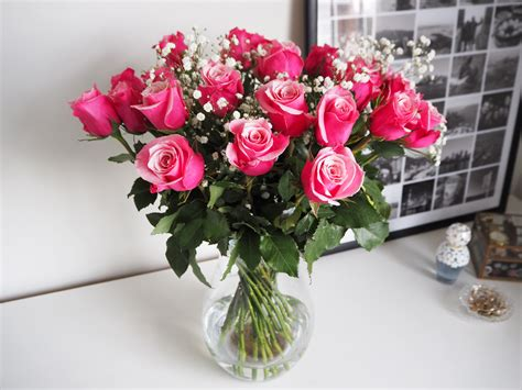 tesco valentines roses s day bouquet of 24 pink roses from tesco review