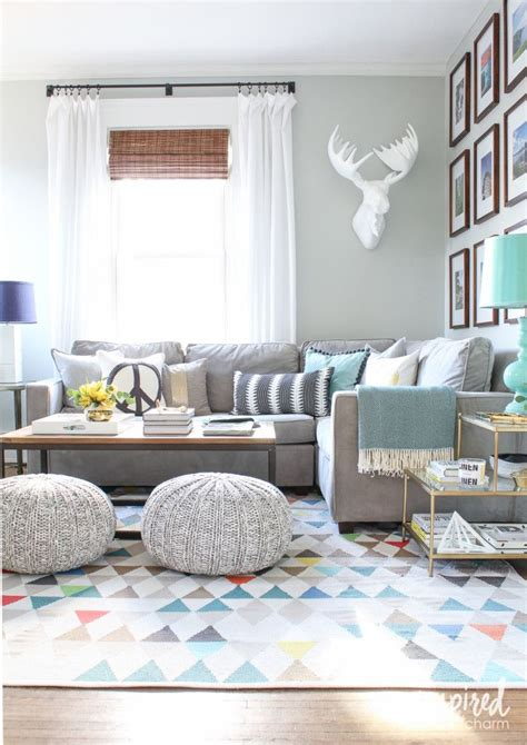 gray sofa living room ideas 25 best ideas about grey sofa decor on grey