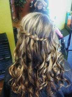curly hairstyles for hoco hoco hair on pinterest homecoming hairstyles wedding