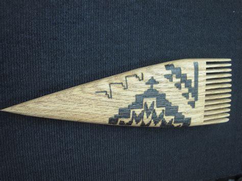 navajo rug weaving tools a visit with barbara teller ornelas and lynda teller pete weaving in