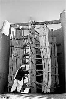 Historical Iranian sites and people: Nashtifan Windmills