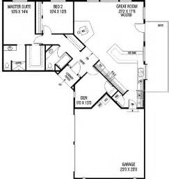 L Shaped House Plans With Garage by Something To Work With Without The Garage 2 Bedroom U