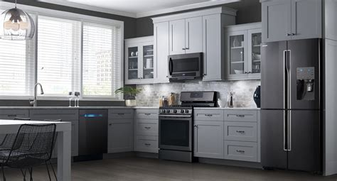 black or stainless appliances with white cabinets pictures of white kitchen cabinets with black stainless