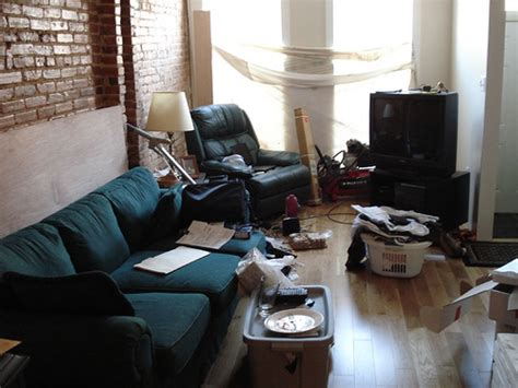 messy living room messy living room shot flickr photo sharing