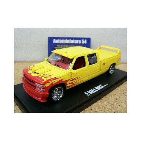 Greenlight 1 43 Chevrolet Silverado Wagon Kill Bill Diskon chevrolet c 2500 silverado quot wagon quot 1997 kill bill