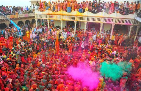 holi celebration in mathura vrindavan a festival of color