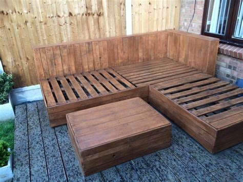 Diy Pallet Corner Sofa Pallet Ideas Recycled Upcycled