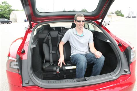 Tesla Back Seats Tesla Model S The Electric Car That Goes The Distance