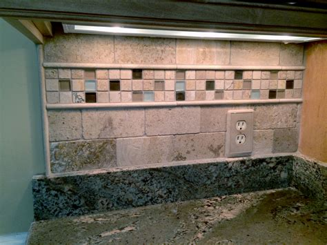 limestone kitchen backsplash limestone kitchen backsplash detail 1 complete custom tiling