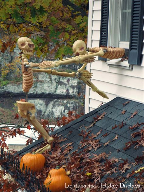 scary halloween yard displays 21 incredibly creepy outdoor decorating ideas for halloween