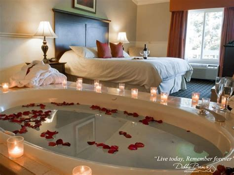 what hotel chains jacuzzis in the room best honeymoon suites near sacramento 171 cbs sacramento