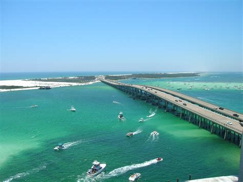 fishing boat rentals pensacola fl destin florida beach things to do discover endless fun at