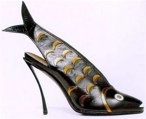 fish shoes 10 most amusing and playful goldfish and fish shoes