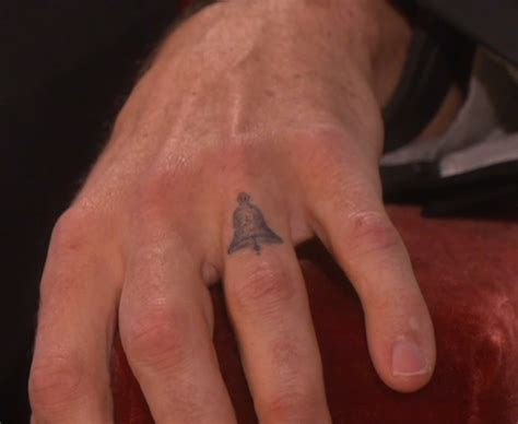 dax shepard tattoos would you let your not wear a wedding ring