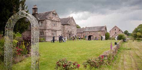 Topiary Florist - the topiary tree florist at the ashes wedding venue the topiary tree
