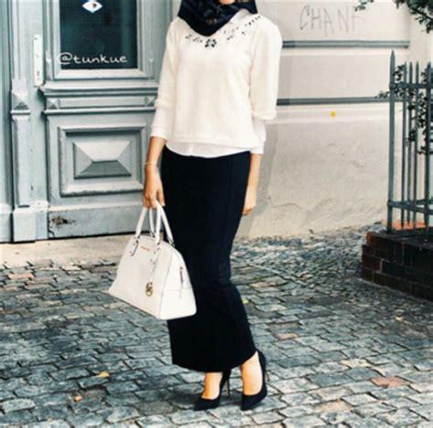 Celana Formal Wanita Putih Beredaq558 til percaya diri hadapi dengan gaya black white fashion beautynesia