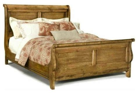 Antique Sleigh Bed Durham Furniture Vineyard Creek Sleigh Bed In Antique Rye Furniture By Bedroom