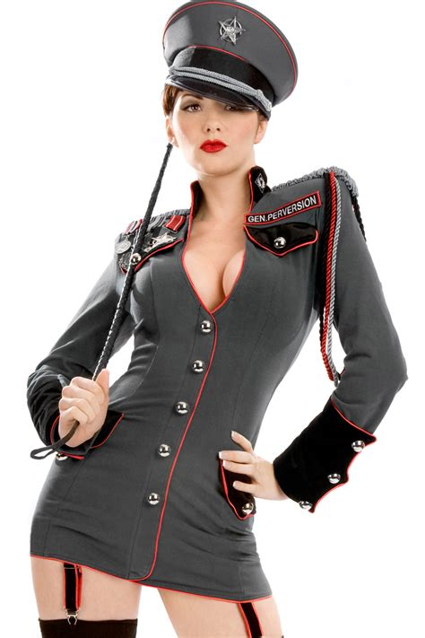 whos the hot girl in the general million quotes a year military sergeant costume