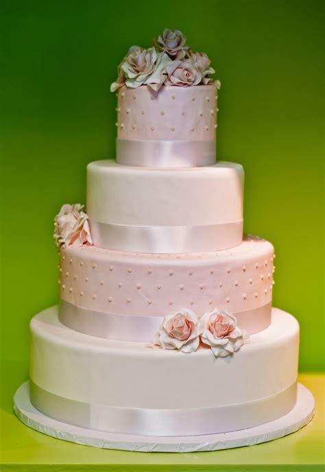 Light Pink Wedding Cake Wedding Cakes Pinterest Light Cakes