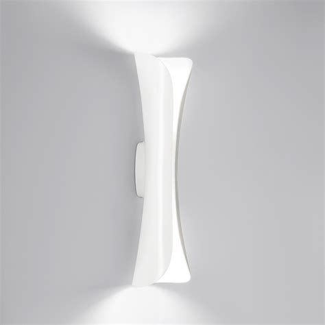 applique led artemide applique murale cadmo led blanc by artemide lovethesign