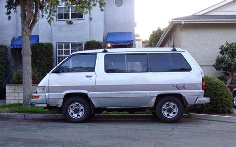 toyota minivan toyota minivan cer picture html autos post