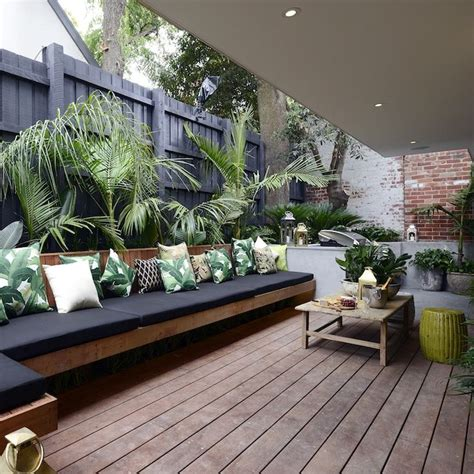 outdoor livingroom outdoor living room outdoor living rooms on outdoor