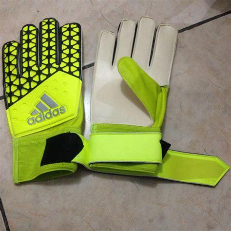 Sarung Tangan Futsal Murah terjual peralatan olahraga adidas futsal soccer bola sepak sarung tangan dll original kaskus