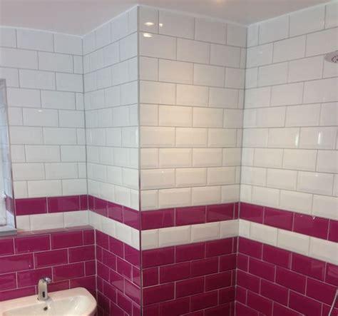 Burgundy Bathroom Wall 1000 Ideas About Burgundy Walls On Burgundy